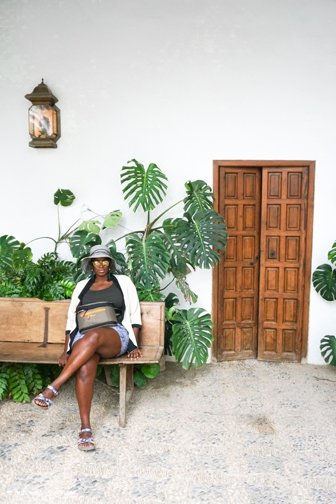 Julianna Barnaby, Travel Blogger
